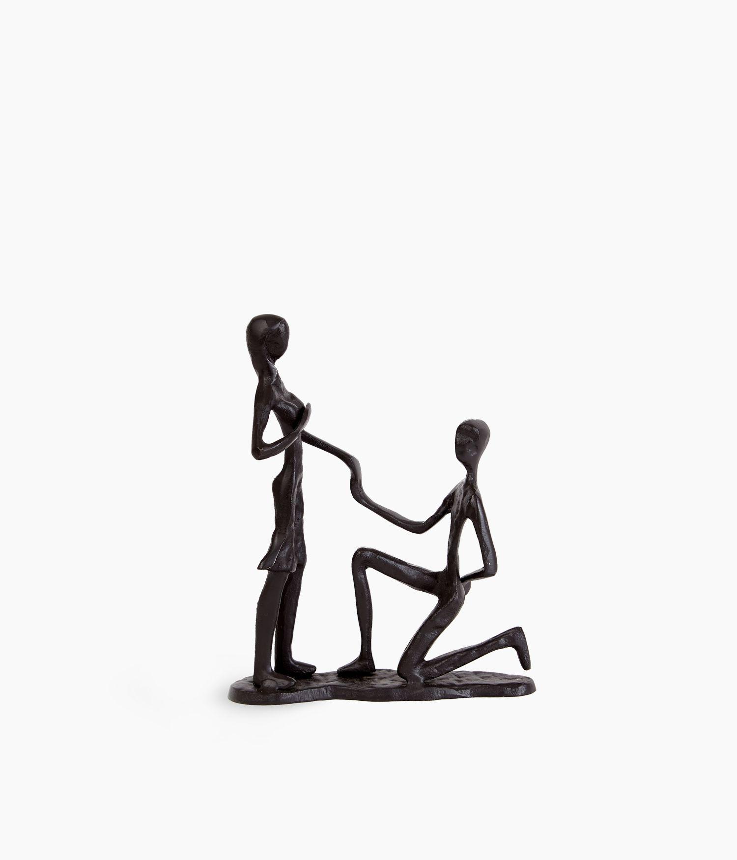 sculpture merry me fer marron