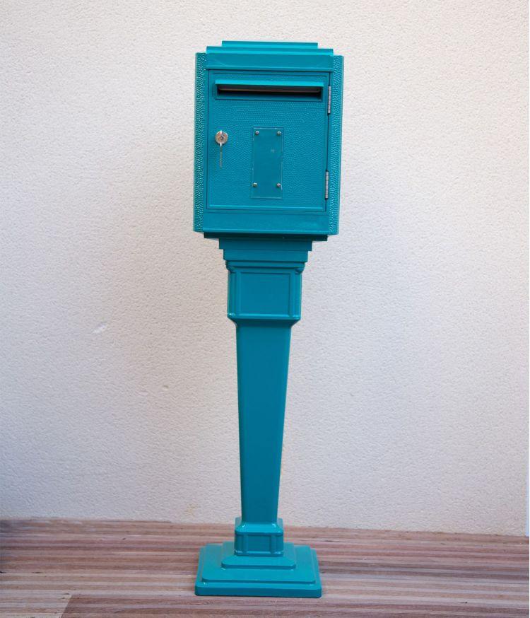 boite aux lettres + colonne bleu canard